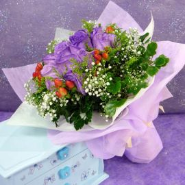10 Purple Roses Handbouquet