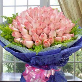 99 Peach Roses Handbouquet