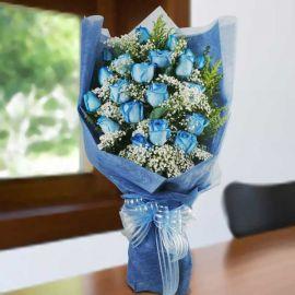 20 Blue Roses Hand Bouquet
