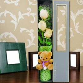3 Champagne Roses & Small Bear in Gift Box