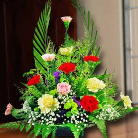 12 Mixed Carnation Table arrangement