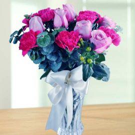 10 Yam Color Roses & 10 Carnation in Glass Vase.