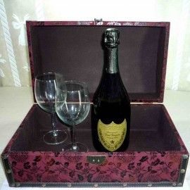 Dom Perignon Vintage (75cl) Champagne with Wine Glasses pack in