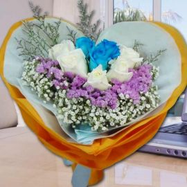 3 Blue 5 White Roses Handbouquet.