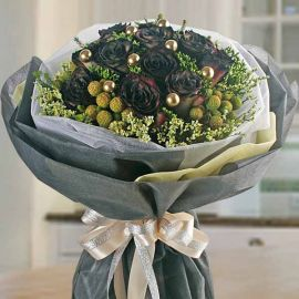 12 Black Yam Color Roses Round Hand Bouquet
