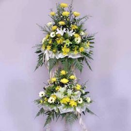 Lily and Chrysanthemum 2 tiers 5 feet height arrangementtiers