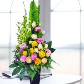 Mixed Roses & Orchids Fresh Flowers Arrangement
