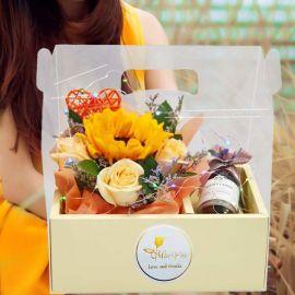 Red Wine 187ml, SunFlower, Roses & LED Light in Hand Carry Gift Box