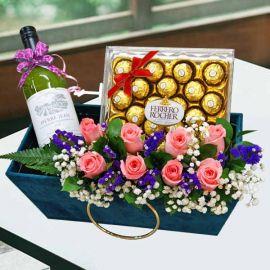 White Wine & 8 Peach Roses With Ferrero Rocher Chocolates